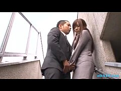 Office Lady Giving Blowjob For Guy Cum To Mouth...