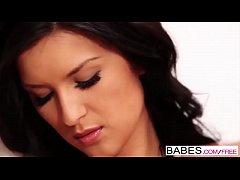 Babes.com - FLOOR PLAY Katie Oliver
