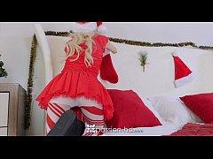 Passion-HD - Petite Piper Perri unwraps her wet...