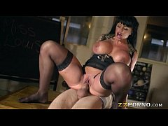 Massive juggs whore Kerry Louise pussy fucked and facialed
