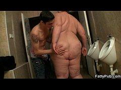 He fucks huge bitch in the restroom