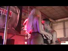 Hard threesome sex - Lulu Pretel, Blondie Fesser y Jose Adiction