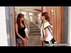 Lesbian Cheerleader gets stretched