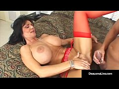 MILF-Cougar Performer of the Year, Deauxma, in ...