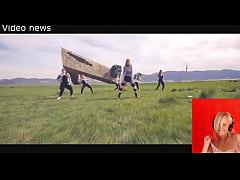 Crazy Russian teens dancing at WWII memorial