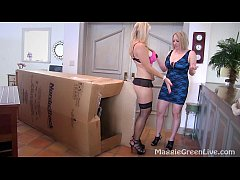 Busty Blondes Maggie Green & Vicky Vette Lesbia...