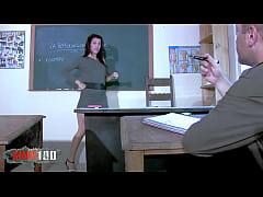 Teacher Samia Duarte Fucks Her Student