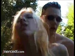 BLONDE FUCKING IN THE WOODS