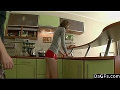 Phim sex Nga người mẫu chân dài tới nách