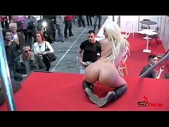 Blondie Fesser play with sex toys in public