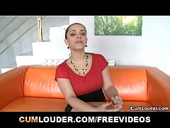 Liza del Sierra plays with her Boobies and gets...