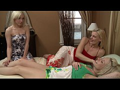 Darryl Hanah, Lily LaBeau and Proxy Paige Lesbian action