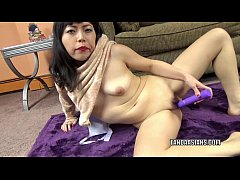 Japanese slut Yuka Ozaki make her wet pussy cum...