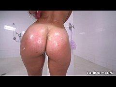 Phat booty latina Kelsi Monroe gets asshole banged