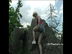 Teen blonde flashers outdoor striptease of youn...