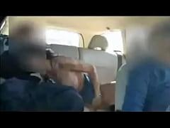 Moglie Scopata durante un Viaggio in Macchina
