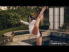 PORNFIDELITY - Yoga Babe Arya Faye Creampied Deep