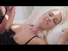 Babes - The Reader  starring  Yippie Skip clip