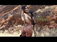 Anita Evelyn 03 • www.transexluxury.com