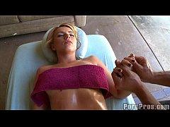 Lexi's Art Of Creepy Massages 4