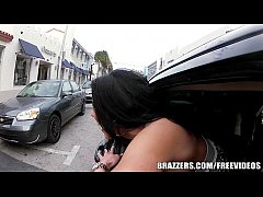 Pair of Brazzers girls drive around in a limo and chat while fucking