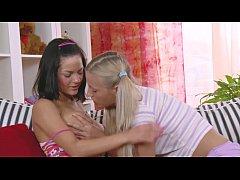 Lesbians enjoy passionate kissing before dildo fuck on both fuckholes