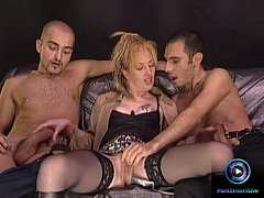 Raunchy Milf requested to screw both her cravin...