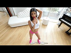 Tiny4K - Teen slut cutie Alyssa Cole takes a pop shot in the mouth