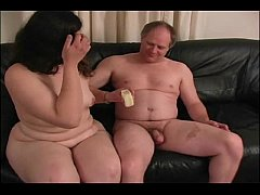 Fat Neighbor MILF Gives A Hanfjob