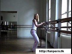 An american ballerina in Paris