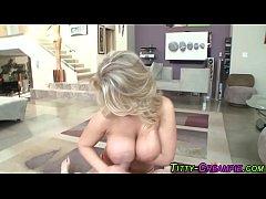 Big breast blonde cummed