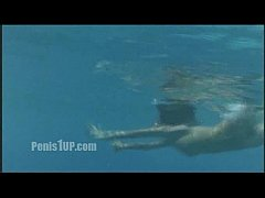 Phoebe Cates - Paradise (stripping-swimming nud...