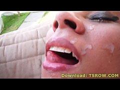 Latina Tranny Nina Lins Gets Barebacked