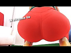 Huge Perfect ASS Latina In Spandex Deep Camelto...