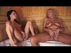 Lesbian moments in the sauna