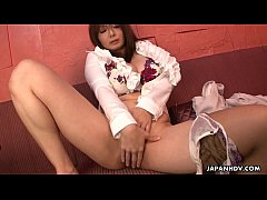 Enticing Japanese sweety teases her delicious twat