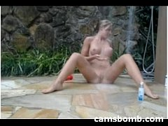 Outdoor webcam squirting orgasm