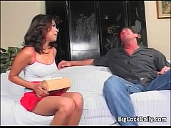 Amazing ebony slut sucks cock