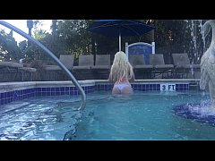 Glamour Babe Kelley Cabbana exposed in HotTub P...