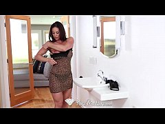 HD - PureMature Sexy Kitten Kendra Lust gets pu...