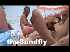 theSandfly Hottest Public Beach Action!