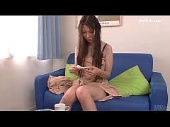 Yui Hatano fingers herself in uncensored japane...