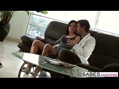 Babes - UPSKIRT - Jenna Ross