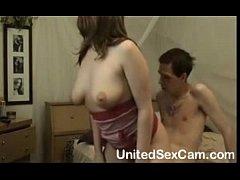 Amatures fuck in bed - www.Unitedsexcam.com