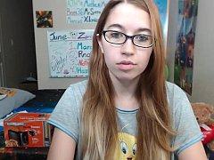 Femenine sister dance - chat room cam 28