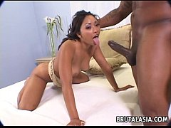 Asian babe Finesse Navaro fucked by huge black ...