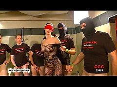 German Goo Girls - Blindfolded MILF bukkake gan...