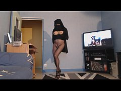 musulmane voilée en collant sans culotte