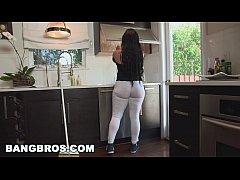 BANGBROS - My Dirty Maid Got a Big ol' Ass! (md...