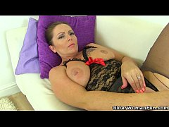 British milf Samantha can't stop toying her mat...